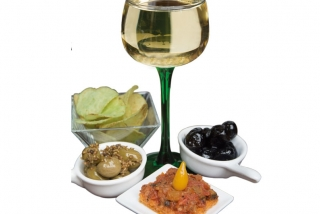 Copitas: AMUSE-GUELE COPITAS (appetizzer with wine)